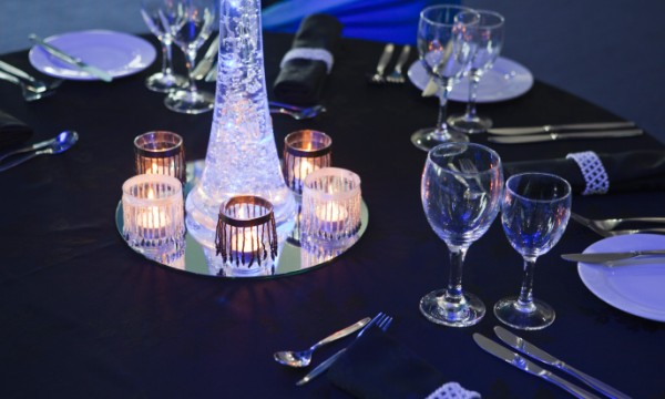 Elegant Table Centrepiece
